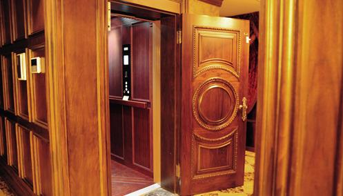 【鸿园】李总——家用电梯,质量和安全最重要,蒂森克虏伯我很放心!